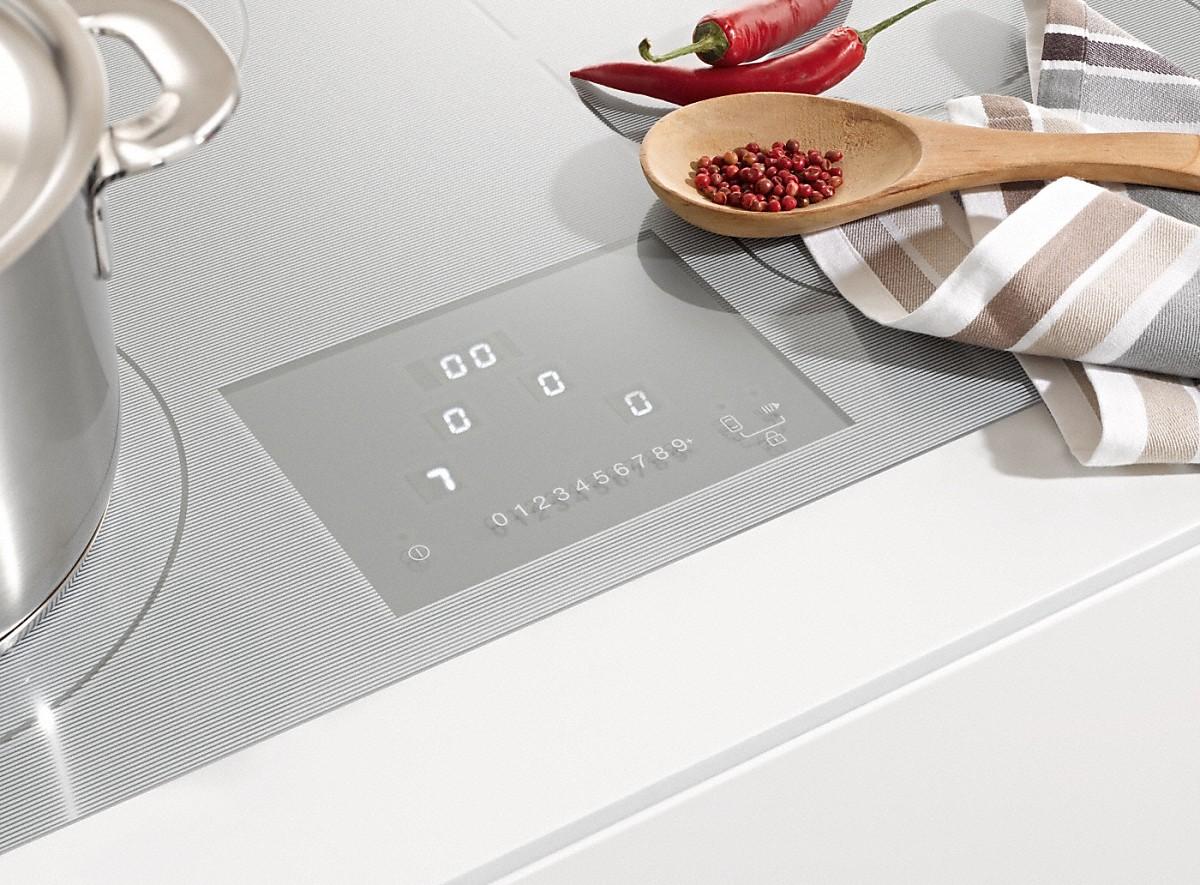 km 6349 1 induction ind p de la cuisini re plans de cuisson et combisets. Black Bedroom Furniture Sets. Home Design Ideas